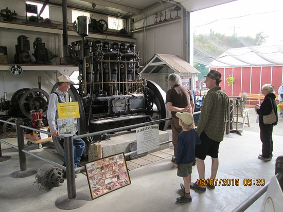 Antique Powerland Museum: Son and Grandson in the Engine House--exhibits RUNNING !