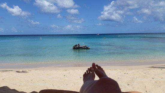 Paynes Bay, Barbados: 20160724_101942_large.jpg