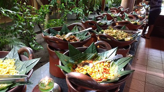 Nyiur Indah Beach Hotel: Amazing Breakfast