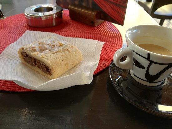 Caffe' Degli Artisti: IMG_20161022_101619_large.jpg