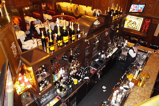 Morristown, NJ: Bar at Rod's Grille