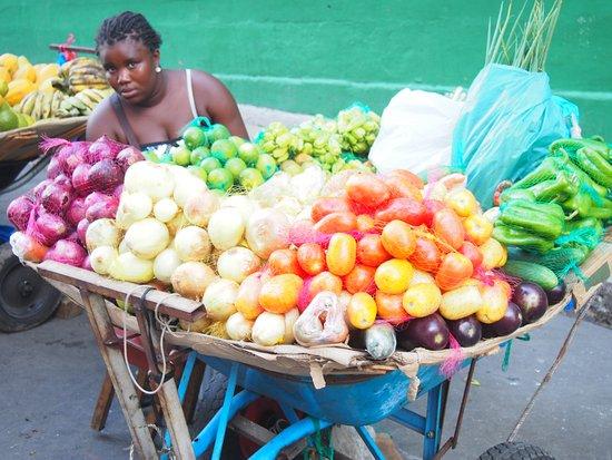 Go Inn Manaus: les fruits sont délicieux , à acheter au marché