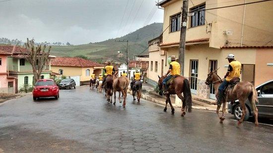 Senhora de Oliveira, MG: Cavalgada