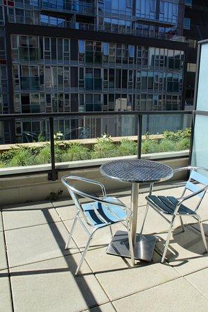 picture of hotel blu vancouver tripadvisor. Black Bedroom Furniture Sets. Home Design Ideas