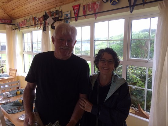 ‪‪Fisherman's Rest‬: Carole with our favorite B&B proprietor‬