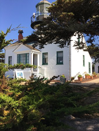 Point Pinos Lighthouse: Point Pinos
