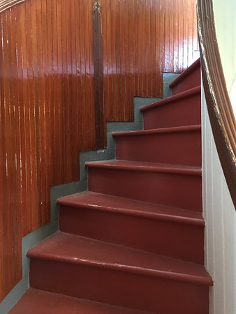 Point Pinos Lighthouse: staircase leading to top