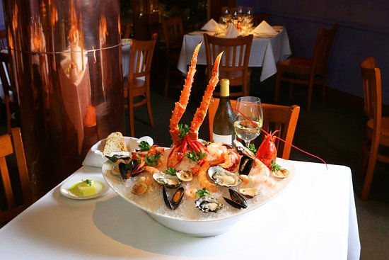 Unique Chops City Grill We re also known for our fantastic selection of raw bar Simple Elegant - Style Of Bar Stuff HD