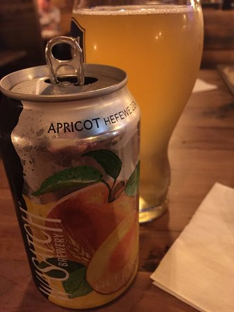 Burlington, WI: Apricot beer