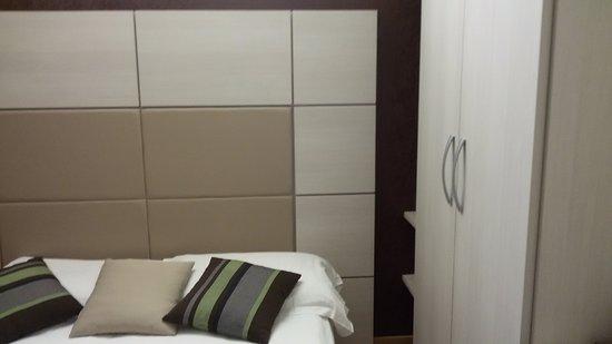 Camera da letto singola - Foto di HB Aosta Hotel, Aosta - TripAdvisor