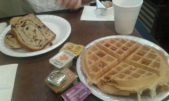 JFK Airport: Good breakfast