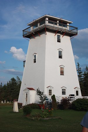 Brackley Beach, Canada : Have the opportunity to sleep in a lighthouse!