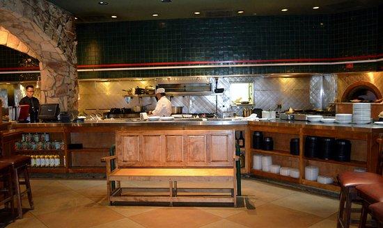 Kitchen romano 39 s macaroni grill for Romano italian kitchen
