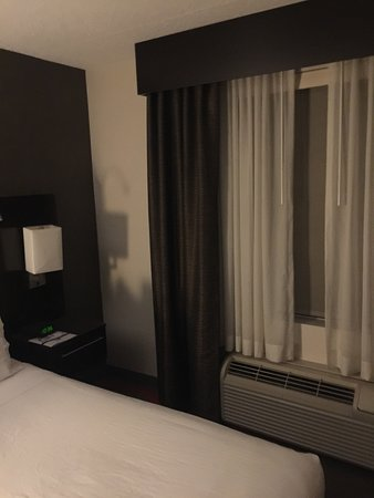 Holiday Inn Express & Suites Boston - Cambridge: photo0.jpg