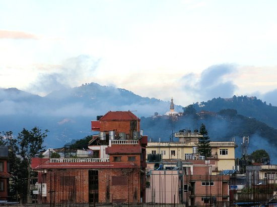 Om Tara Guest House: Clear views from the rooftop landings of the Monkey Temple