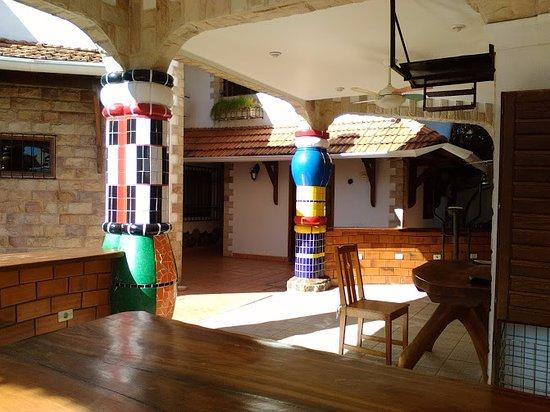 Aparthotel Porta Westfalica: BBQができる共用スペース。奥がフィットネスジムです。
