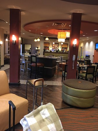 Best Western Plus Tupelo Inn & Suites: photo2.jpg