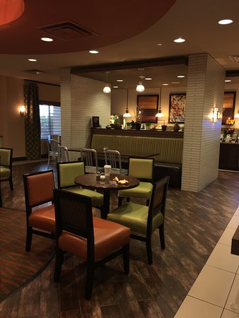 Best Western Plus Tupelo Inn & Suites: photo5.jpg