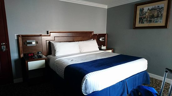 Deluxe Hotel Vancouver - UPDATED Prices, Reviews & Photos (British ...
