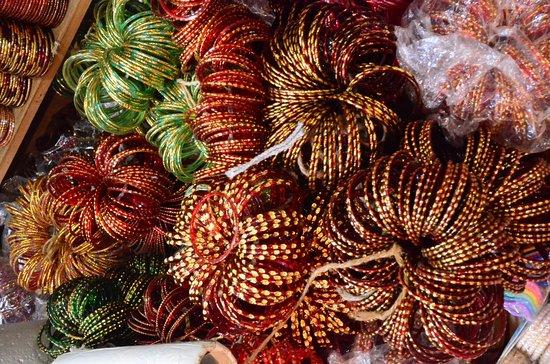 margao market glass bangles