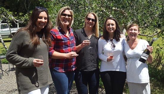 Waiheke Island, New Zealand: Sally and the girls with Gyll at Rangihoua