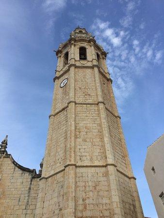 Alcala de Xivert, Spain: front of basilica