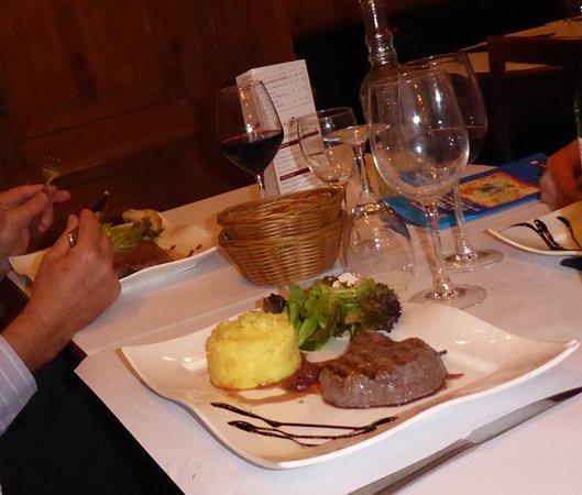 BRASSERIE ELITE : entrecôte grillée with mashed potatoes