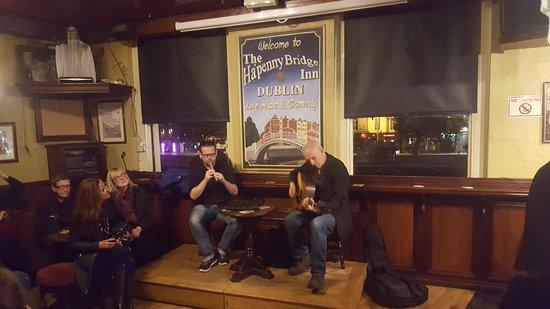 Traditional Irish Musical Pub Crawl : 20161024_200042_large.jpg
