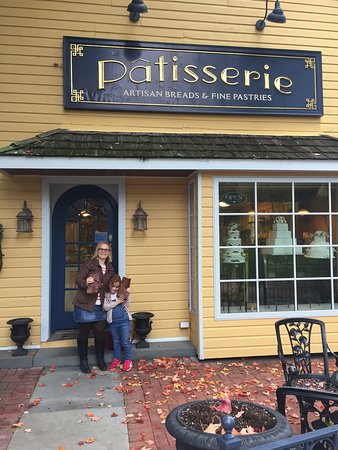 Sherwood Inn: The patisserie out the back is excellent
