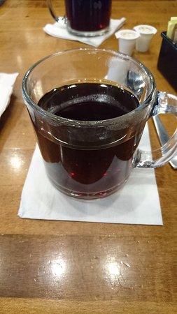 Tony Roma's: 食後のコーヒー。ちょっと変わった味がします。