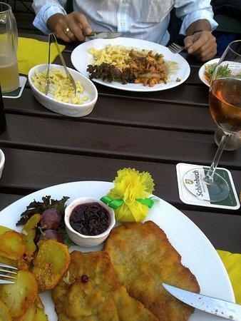 Weinstube Grashöfle Restaurant: Wiener Schnitzel