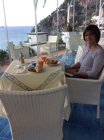 Hotel Montemare : Breakfast area. Beautiful view.