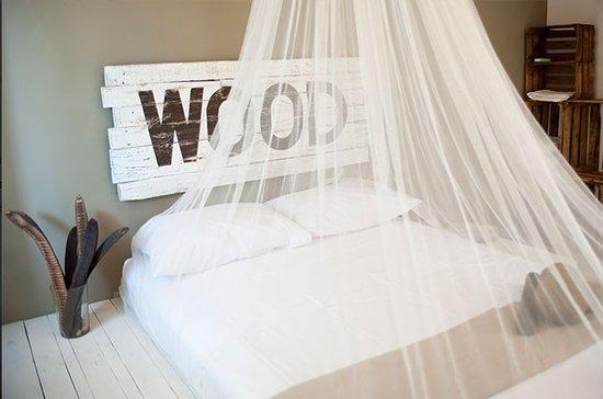 Alma Mia B&B Eco Friendly: wood room