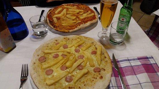 """Cantagallo, อิตาลี: """"Pizze un po' più alte"""""""