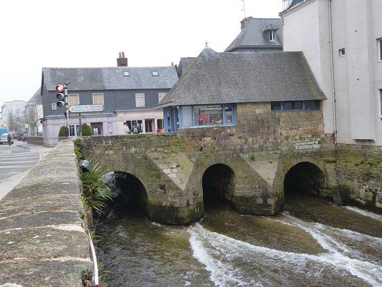 Le pont de rohan photo de ville de landerneau landerneau tripadvisor - Office du tourisme landerneau ...
