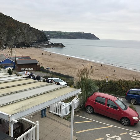 Tresaith, UK: Well just arrived tried to order food run out of most food  asked about coeliac and was ignored