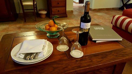 Hotel Cala Sant Vicenc Photo