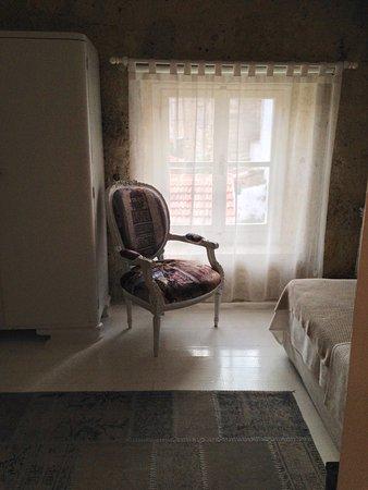 Goz Oda & Goz Lokal: A lovely visit. We loved both our rooms.