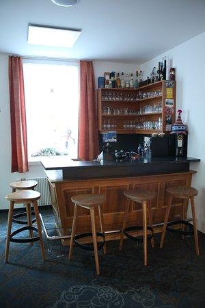 Bel Air Eden : bar area