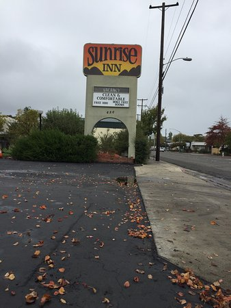‪Sunrise Inn‬