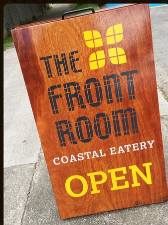 Waikanae, New Zealand: Colourful sandwich board