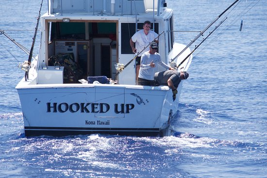 Hooked up sportfishing kailua kona all you need to for Kona fishing charters