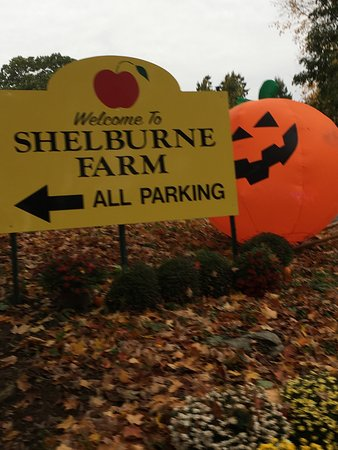 Shelburne Farm: signage