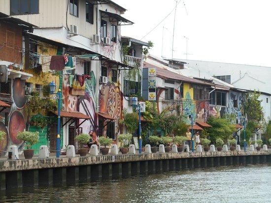 Prima Hotel Melaka: La rivière toute proche