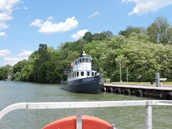 Port Dover, Kanada: Cruising along