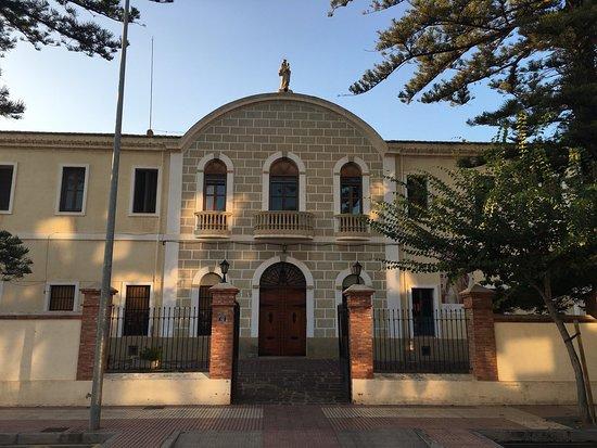 Carmelitano Bodegas y Destilerías