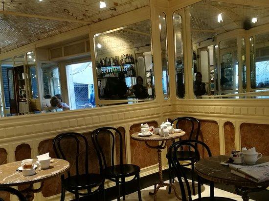Ristorante caff degli specchi in genova con cucina - Caffe degli specchi ...