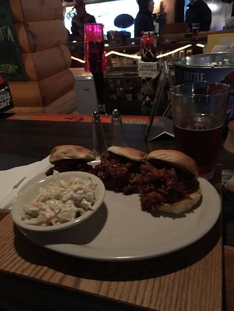 Blue Moose Tavern & Restaurant: photo0.jpg
