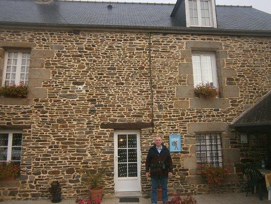 Chambres d 39 hote l 39 aunay begasse b b reviews price - Chambre d hote dol de bretagne ...