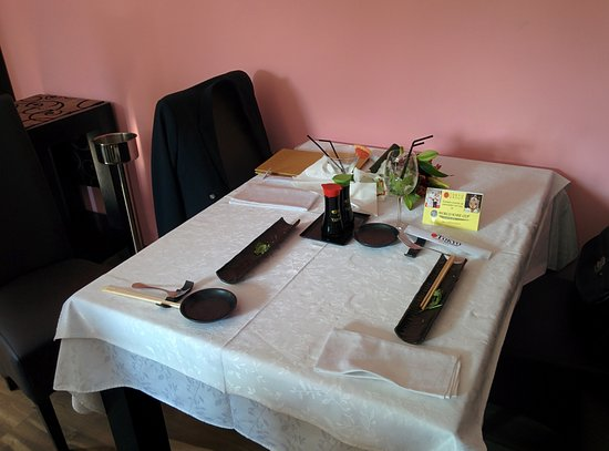 Table setting - Picture of Tokyo Japanese Restaurant, Cluj-Napoca ...